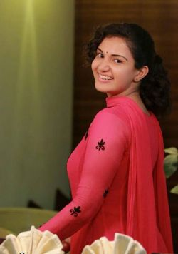 Honey Rose Latest Photo Gallery